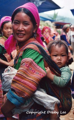Flower Hmong Mom Baby 1