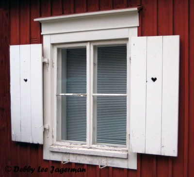Porvoo Windows and Doors To Open and Unlock