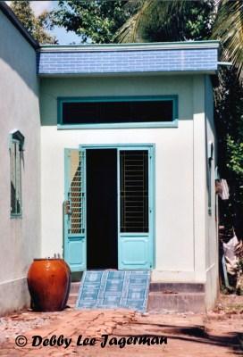Vietnam Windows and Doors To Open and Unlock