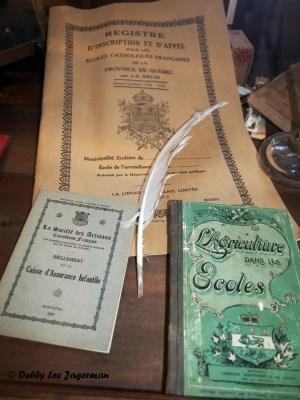 Confiserie de la Vieille Ecole Ile d'Orleans School Display