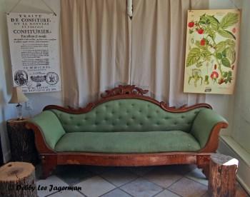 Confiturerie Tigidou Ile d'Orleans Antique Couch