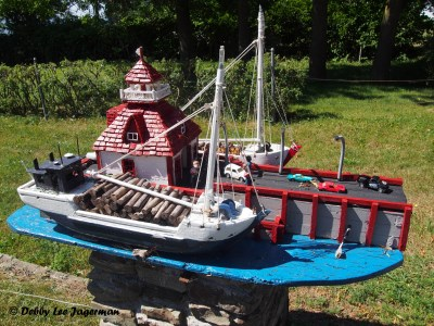 Ile d'Orleans Mailboxes Boat and More