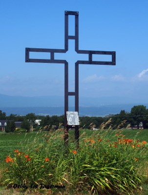 Ile d'Orleans Roadside Cross Metal