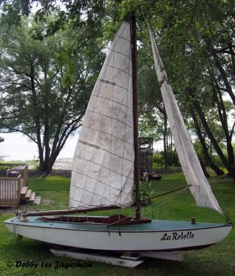 Parc Maritime Ile d'Orleans Sailboat