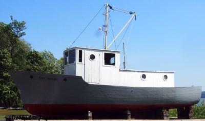 Parc Maritime Ile d'Orleans Ship