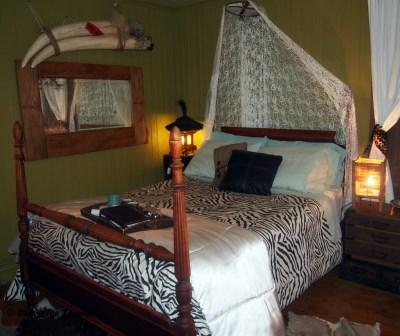 Gite au Toit Bleu Bed and Breakfast Ile d'Orleans Bed