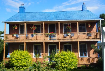Gite au Toit Bleu Bed and Breakfast Ile d'Orleans Blue Roof