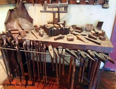 La Forge a Pique Assaut Ile d'Orleans Blacksmith Tools