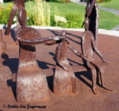 Le Memorial des Familles Souches Ile d'Orleans Blacksmith Sitting Family