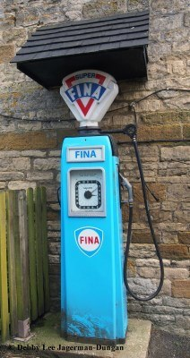 Old Petrol Pumps Fina Cotswolds