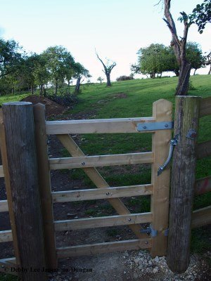 Cotswolds Gate Wooden