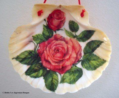 Camino de Santiago Souvenirs Scallop Shell Rose