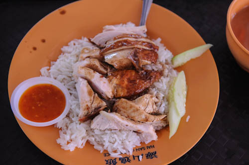 Singapore's Favorite Dish: Chicken Rice