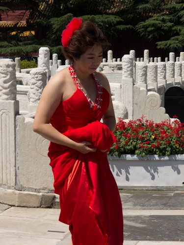 Photo Friday: (Chinese) Lady in Red