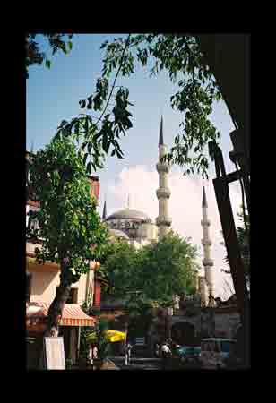Global Snapshot:  Blue Mosque, Istanbul Turkey [July 2002]