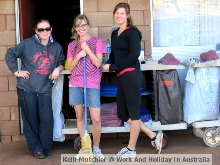 Kelli Mutchler, Work And Holiday In Australia