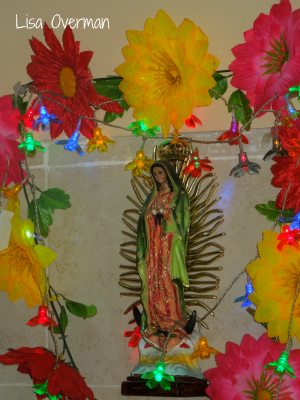catholic statue of virgin mary in Mexico