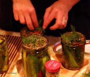 Filling pickle jars