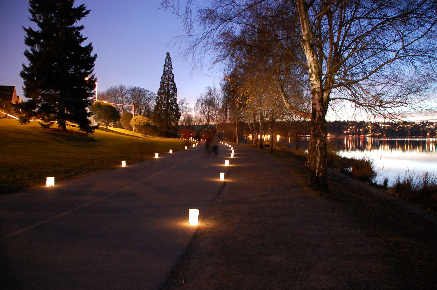 Let there be lights! Luminaria light up Seattle's Green Lake