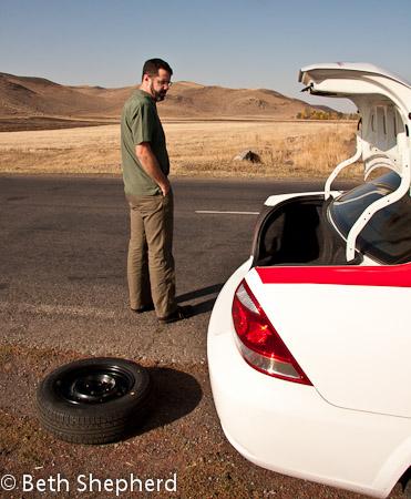 Big Papa, a taxi and a flat tire on the way to Gyumri, Armenia