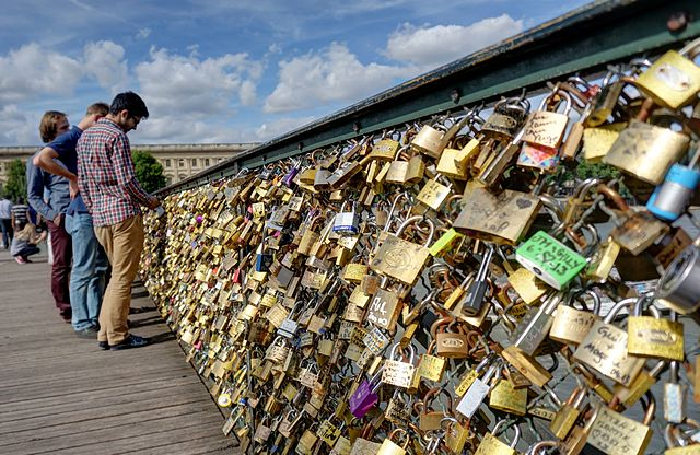 Pont des Arts, photo by Disdero
