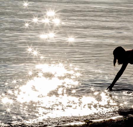 Touching starlight
