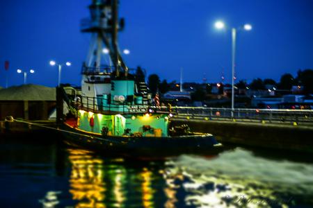 Tug boat in the locks