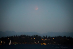 Supermoon eclipse in Seattle