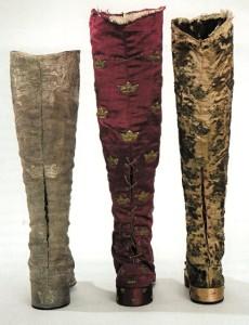 coronation boots (230 x 300)