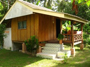 Thailand 39 s andaman coast thrives following the tsunami for Small house design native