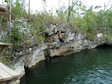 Zipling cenote