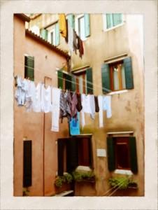Al Tramonto Dorato courtyard