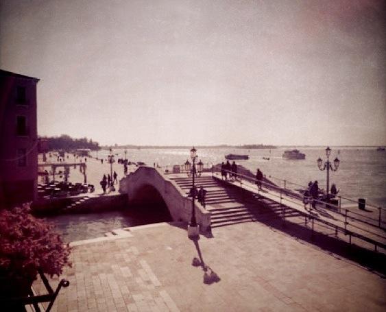 Stay Local in Venice: Al Tramonto Dorato