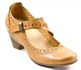 Taos Lindo Honey Shoe Review