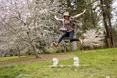 Aurora Sandal jump