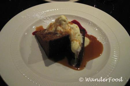 Martine Gingerbread Dessert