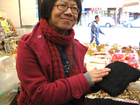 Stephanie Yuen, Edible Canada's Chinatown tour guide