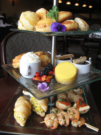 Afternoon tea at the Hotel Grand Pacific