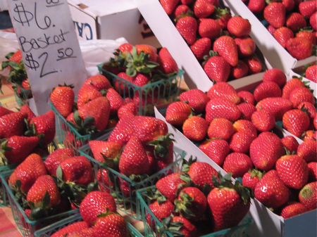 Strawberries at the San Luis Obispo Farmers' Market