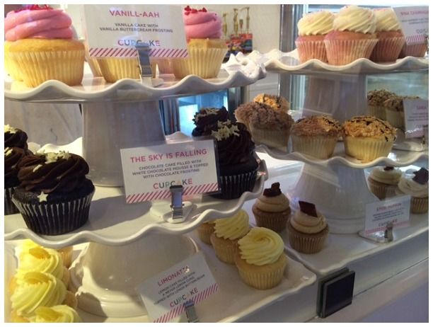 Sift Cupcakes Array SF Display Case