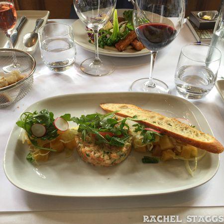 le clocher penche-salmon tartar