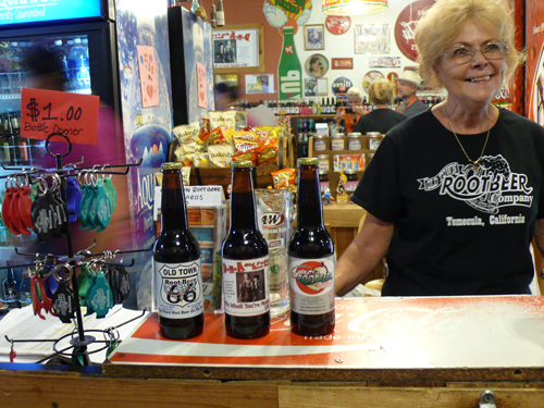 Old Town Root Beer Company: Micro-Brewed from 1800's Family Recipe