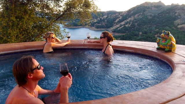 Gold Country Wine Holiday: Villa Vallecito Vineyards