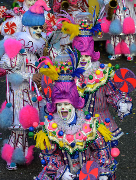 Mummers parade costumes