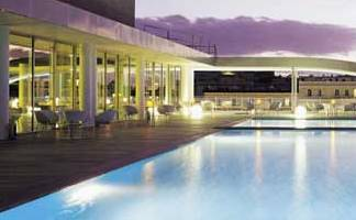 radisson-rome-pool.jpg