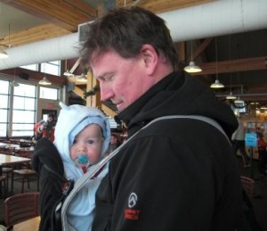 skiing-with-baby