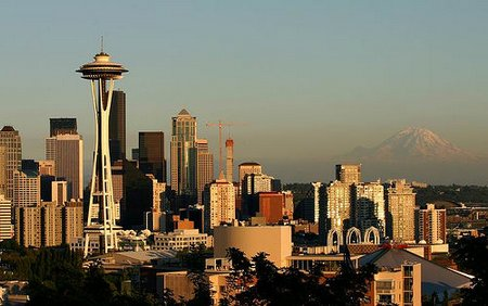 seattle-summer-skyline