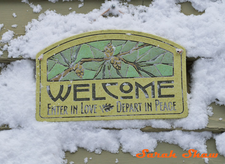 Arts and Crafts Welcome Sign