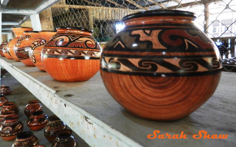 Wood grain jars from Guatil, Costa Rica