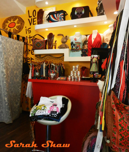 Bagus carries a wonderful selection of globally inspired finds for women in Tamarindo, Costa Rica